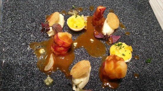 Chapeau Rouge Restaurant William Frachot: crevettes oeufs meurette brandade