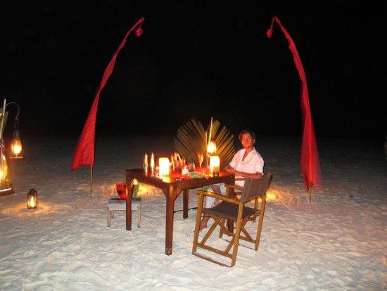 Niyama Private Islands Maldives: diner sur une ile privée