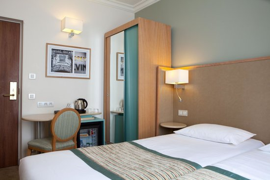 Hotel Corona Opera: Chambre