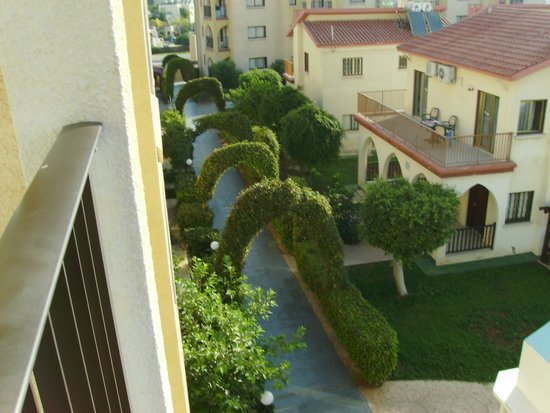 Windmills Hotel Apartments: Вид из номера