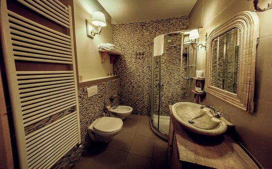 Al Vecchio Mulino: Bagno camera matrimoniale doccia