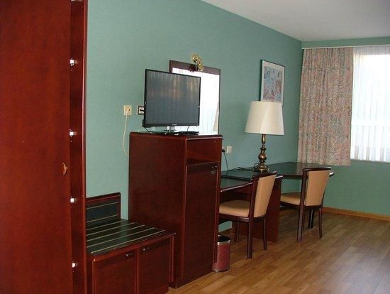 Bedford Hotel & Congress Centre : Habitación