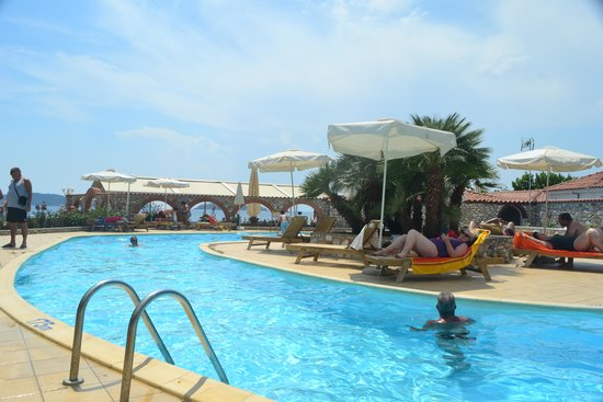 Hotel Esperides: Small  no shallow ens saltwater pool