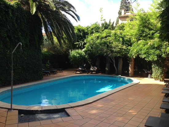 Casa Pairal: The Pool Area