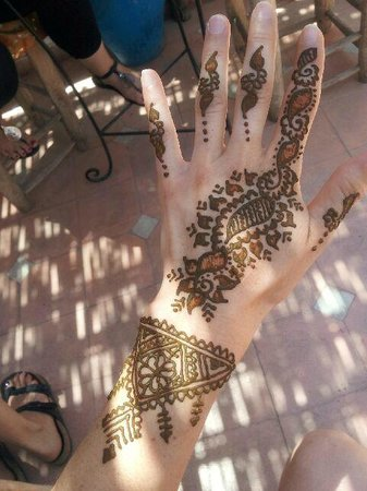 Henna Cafe: Henna