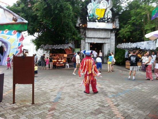 Phuket FantaSea: cultural dance