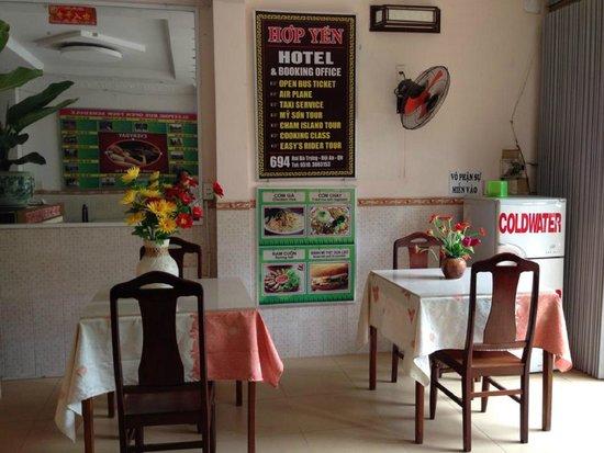 Hop Yen Hotel : nhà hàng