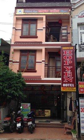 Hop Yen Hotel : mặt tiền