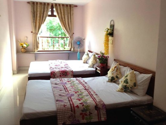 Hop Yen Hotel : double room