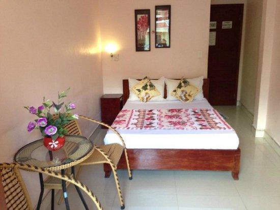 Hop Yen Hotel : single room