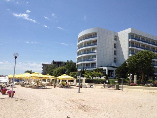 Afrodita Hotel: Hotel's beach