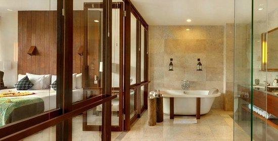 Komaneka at Bisma: Bathroom of Bisma Suite