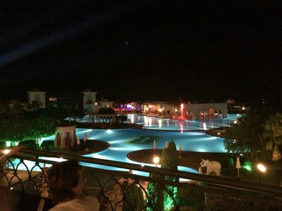 Spice Hotel & Spa: Spice Hotel by night from the lobby balcony! Amazing views