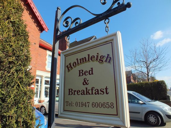 Holmleigh Guest House: Private On Site Parking for Each Room