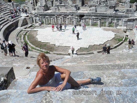 Agora Open Air Museum: este lugar es un anfiteatro inmenso, mucho  mas grande q el coliseo romano!!!