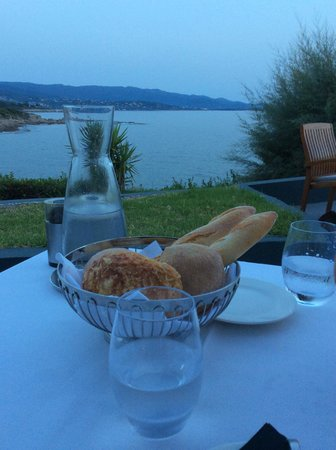 Sofitel Golfe d'Ajaccio Thalassa sea and spa : la terrasse du restaurant