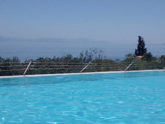Aeolos Beach Resort: PISCINE