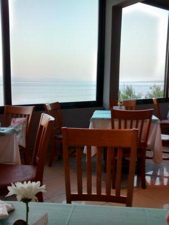 Aeolos Beach Resort: restaurant