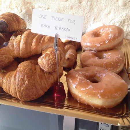 CAN BO DE PAU: Beautiful Croissants for Breakfast