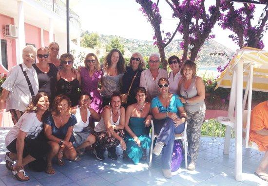Hotel Casa Rosa: Sulla terrazza di Casa Rosa per immortalare la nostra vacanza!!!