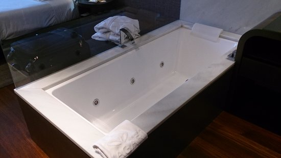 Gran Hotel Nagari Boutique & Spa: Bañera
