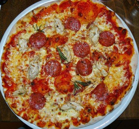 Prezzo - St Martins Lane: Tre Gusti Classic Pizza