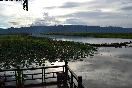 Myanmar Treasure Inle Lake : Blick von unserem Zimmer