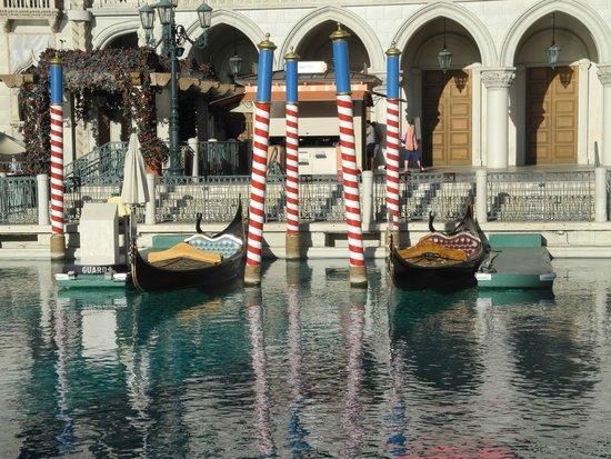 The Venetian Las Vegas: Canale con gondole