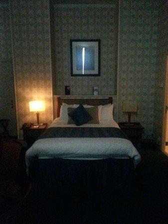 Disney's Hotel New York: Bedding