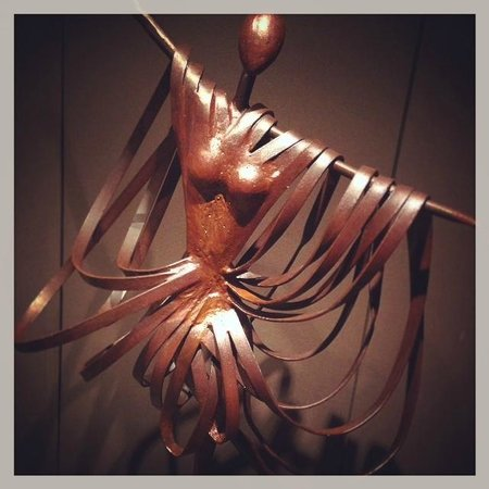 Hotel Primus Valencia: scultura dell'hotel