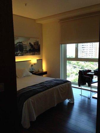 Hotel Primus Valencia: camera molto spaziosa