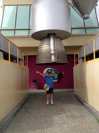 Cité de l'espace : Underneath the space rocket.