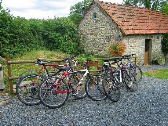 Ladapeyre, France : Bike hire