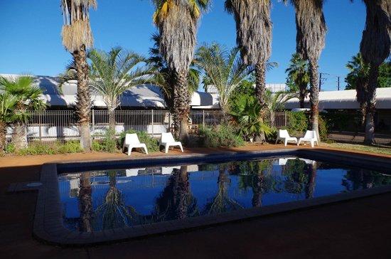 Bluestone Motor Inn: The pool