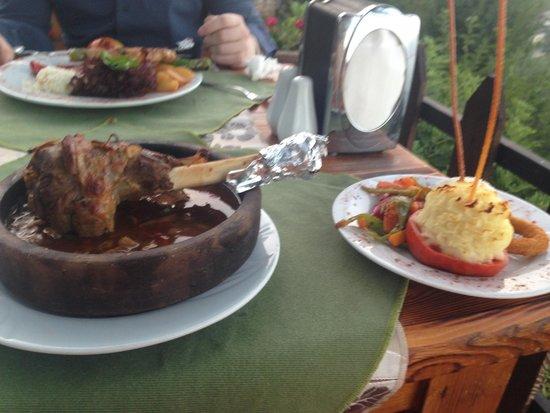 Kale Panorama Restaurant : Lamb Shank