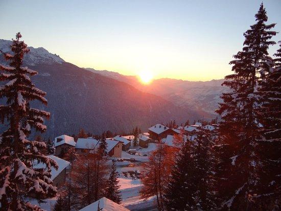 Le Tyrol : vue du Tyrol a la Rosière 1850m, dernière station ensoleillée