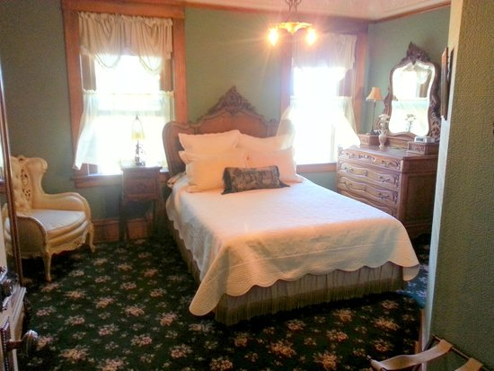 England House B&B : One of the other rooms