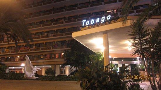 FERGUS Tobago: Вход
