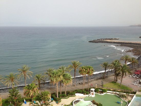 Sol Tenerife: View from the balcony 9 floors up room 925