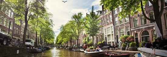 Hop On Hop Off: The beautiful Amsterdam Canals