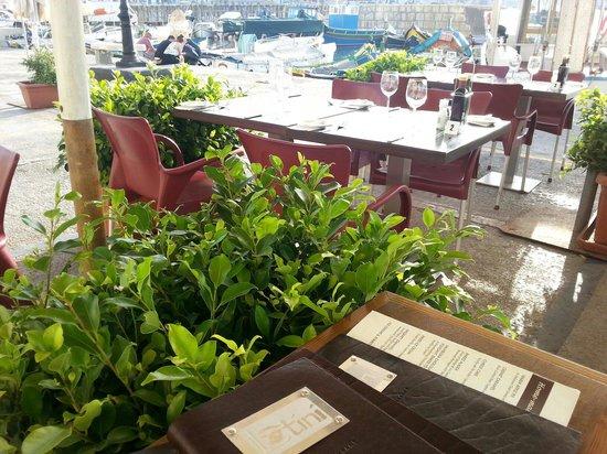 Latini Restaurant: Harbour seating