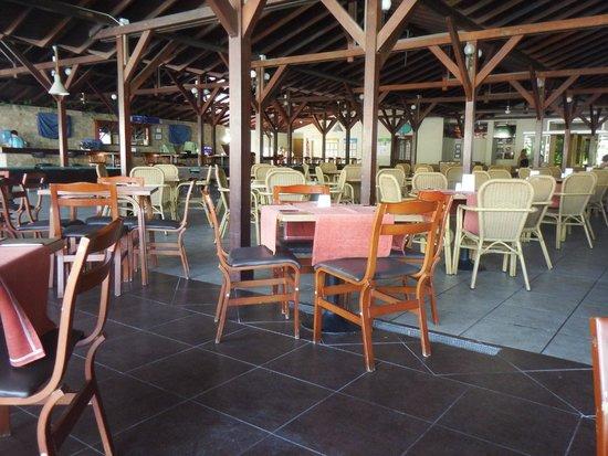 Julian Club Hotel: dining area