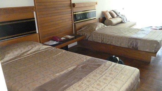 Kumudara Hotel Bagan : Intérieur de la chambre