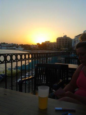 Tuntas Beach Hotel Altinkum : sunset at tuntas