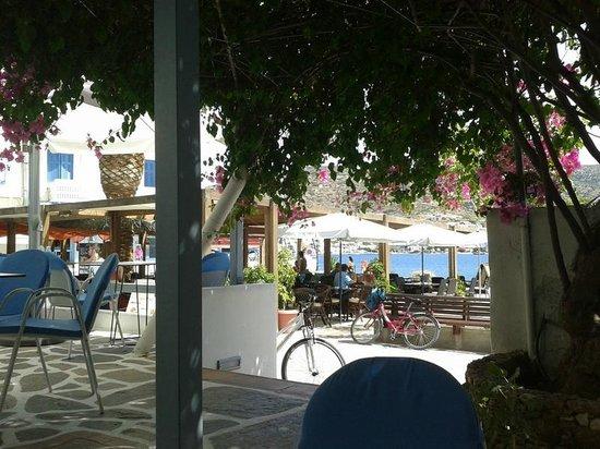 Hotel Minoa: colazione al fresco