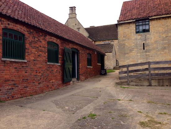 Woolsthorpe Manor: The Stables