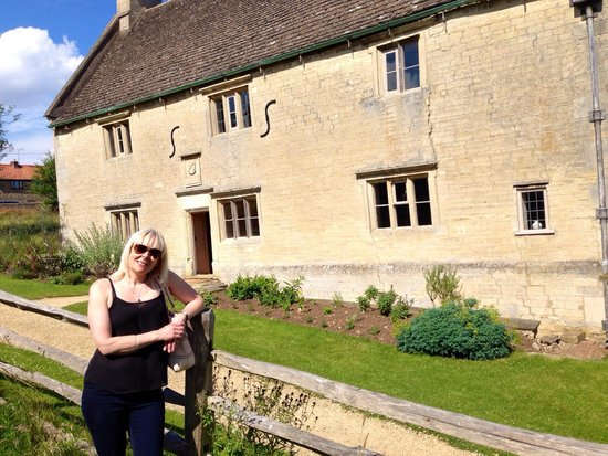 Woolsthorpe Manor: The Manor