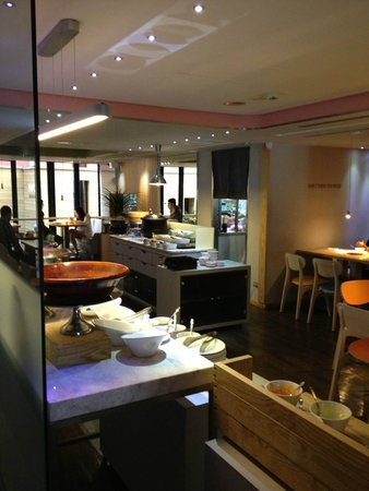 Inhouse Hotel Heritage : Cafe for simply buffet in the morning