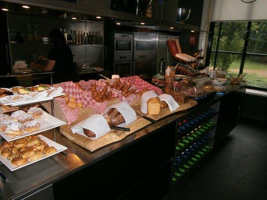 Villa Ruimzicht: Frühstücksbuffet