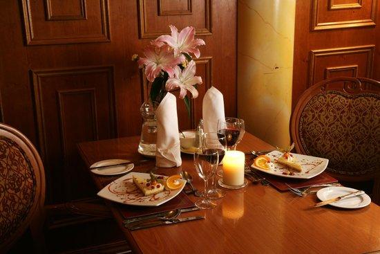Bush Hotel Dining